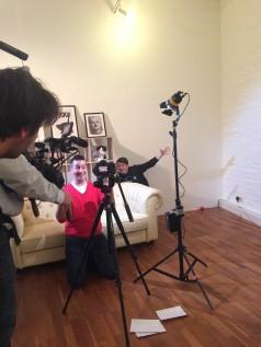 Reporter trifft Youtuber: Sebastian lässt sich von Youtuber Dima erzählen, wie der Nachrichten fürs Netz gestaltet.